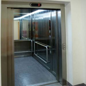太仓周边地区二手闲置老式电梯回收拆除